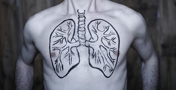 半數肺癌發現時已是晚期,靶向藥物能否控制腫瘤 1