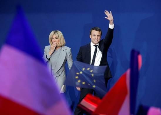 法國大選選後評論:馬克龍有著最符合精英階層的職業路線 5