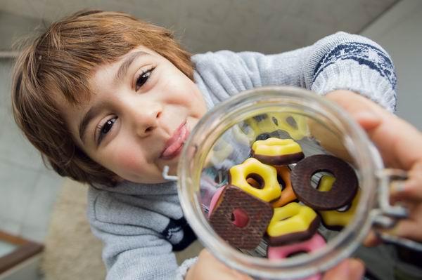 零食對兒童的影響?能吃什麼怎麼吃 2