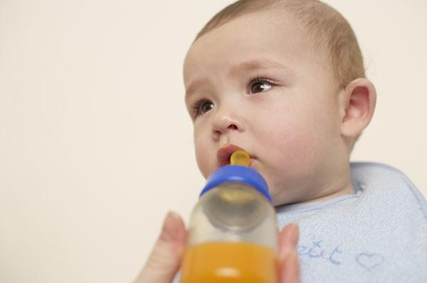 美國兒科學會禁止寶寶一歲前喝果汁,營養師:應吃新鮮水果 2