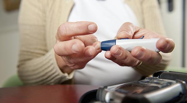 糖尿病患者要警惕糖尿病性視網膜病變 2