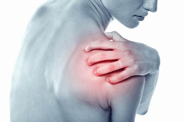 天氣轉涼肩膀痛就是五十肩?盲目鍛鍊小心肩袖撕裂 2