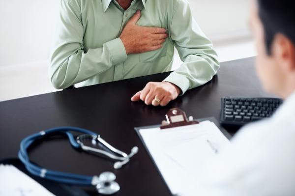 如果我有胸痛,應該叫救護車嗎?心內科醫生解答胸痛疑惑 2