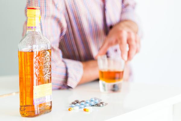 飲酒之後,為何不能吃藥? 3
