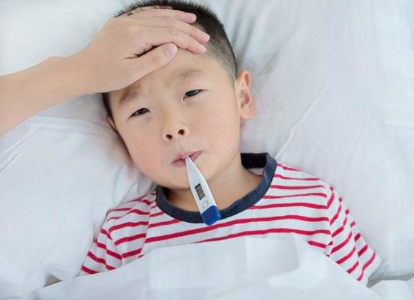 流感來了,孩子發燒要不要吃藥?要不要用抗生素? 1