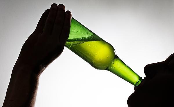 喝酒致癌 酒還能喝嗎? 1